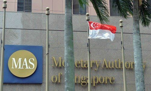 Singapore aims to strengthen financial services sector