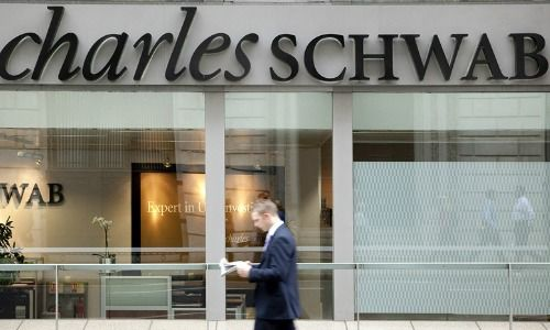 Charles Schwab Corp's (SCHW) Buy Rating Reaffirmed at Bank of America Corp
